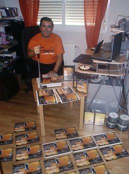 002 Iglesia Pasion por Cristo en Calle Faro 8 en el 2005 haciendo las primeras CD con Predicas